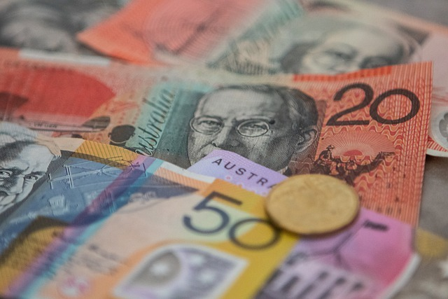 Rate Watch: Greater Bank cuts fixed rates as NAB hikes