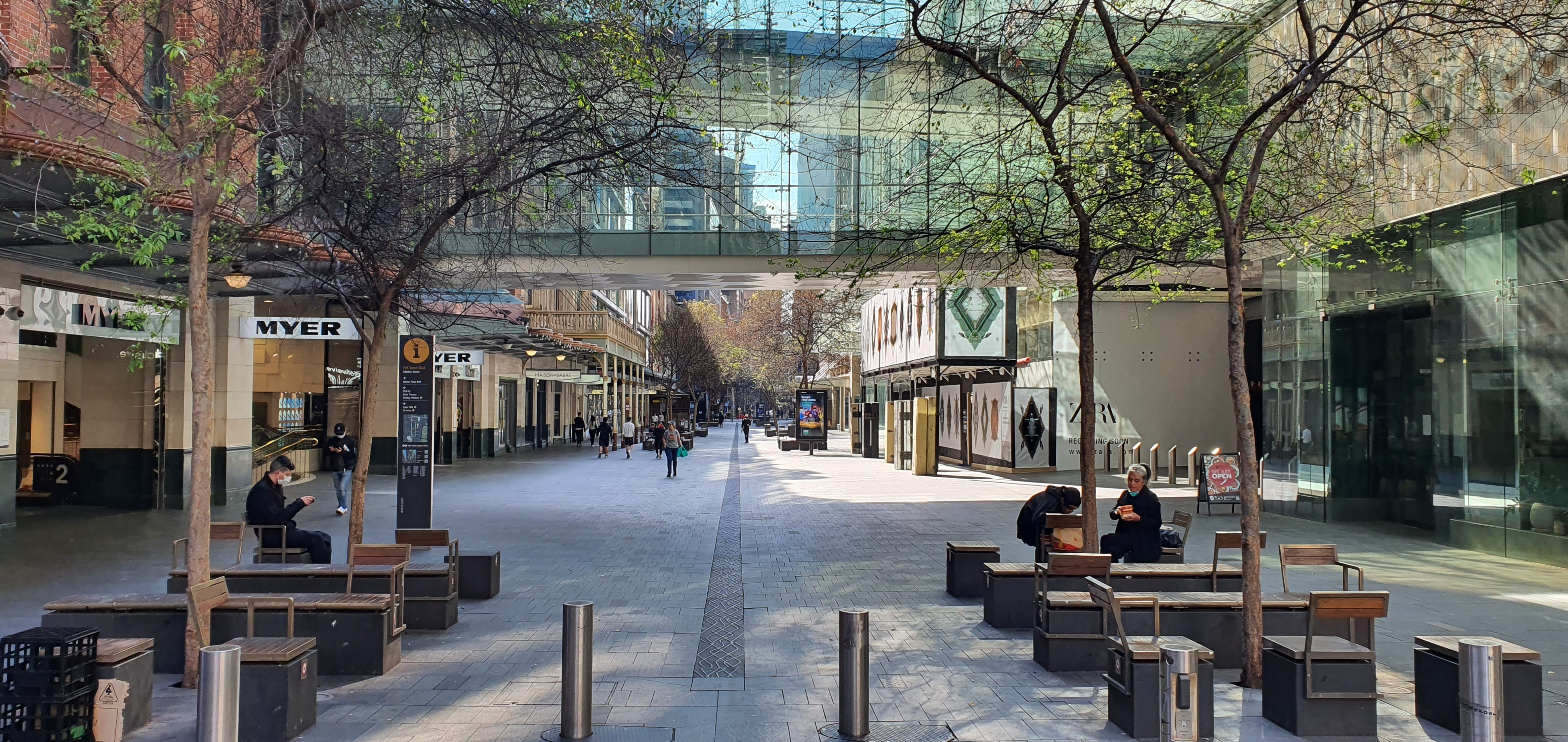COVID continues to lure Australians from the city to the country
